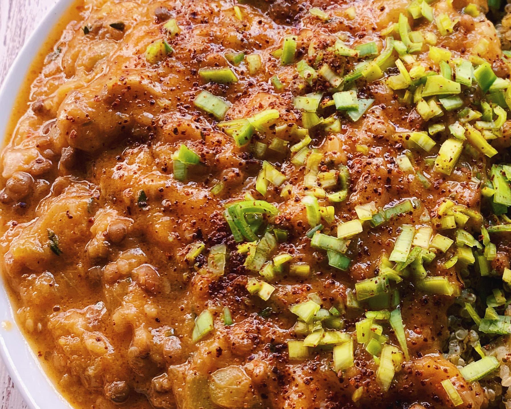 Curry de calabacín y lentejas