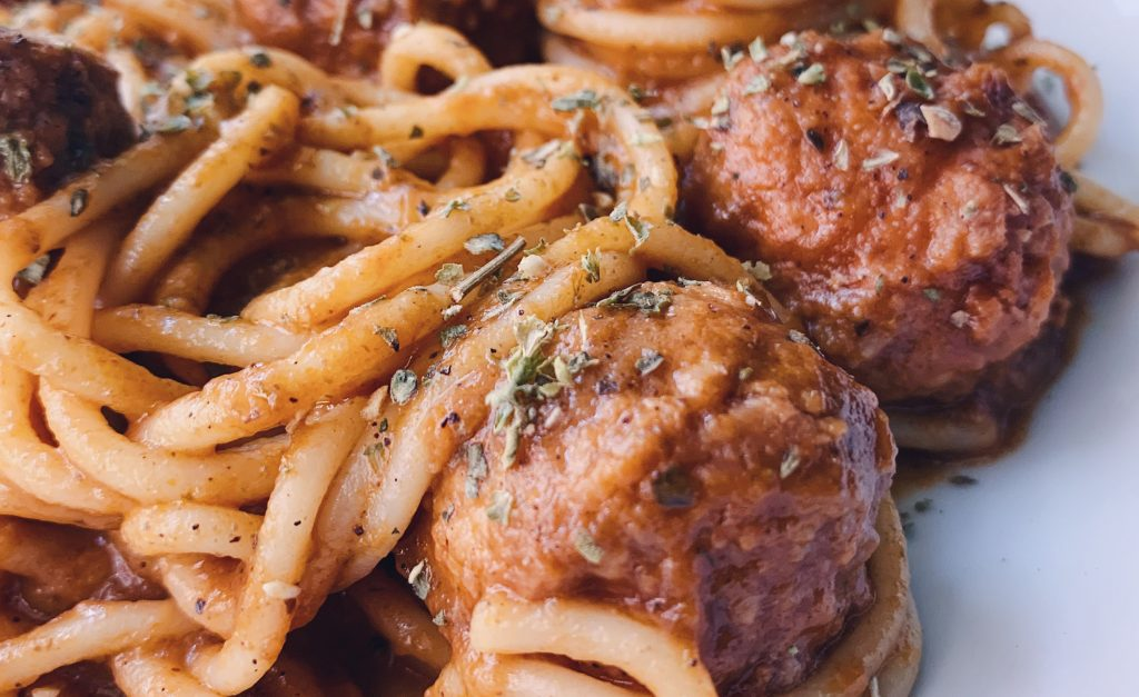 Salsa de tomate y champiñones rápida